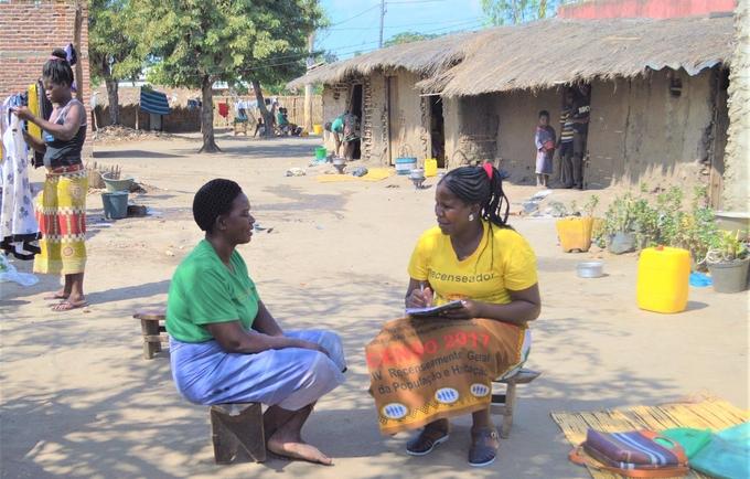 Enumeração durante uma missão de observação do Censo 2017 na Província de Sofala ©UNFPA Moçambique/Karlina Salu