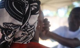 Vacinação em Cabo Delgado - Foto de UNFPA Moçambique / Natalia da Luz