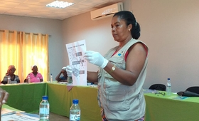 Training with traditional midwives in Nhamatanda - UNFPA Mozambique